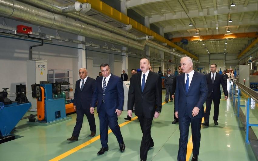 Президент Ильхам Алиев принял участие в открытии завода высоковольтного оборудования в Баку