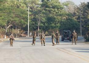 В Мьянме военные закрыли авиасообщение со страной