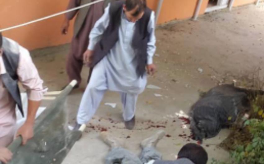 Əfqanıstanda qızlar məktəbinin yaxınlığında partlayış: ölən və yaralananlar var