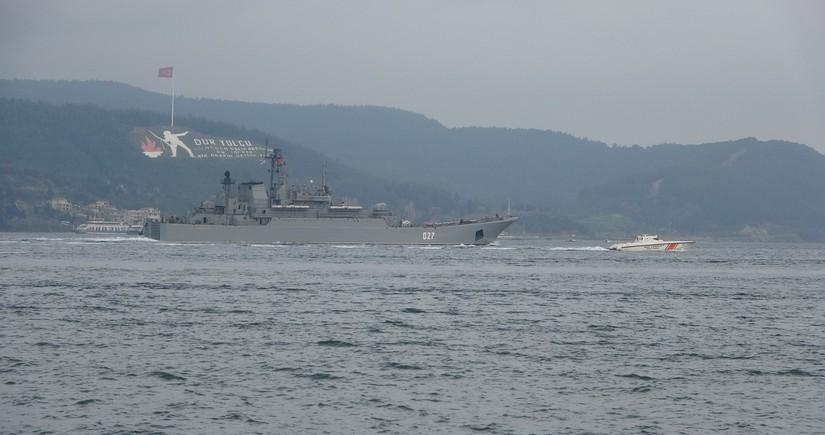 Rusiyanın hərbi gəmiləri Qara dənizə daxil olub