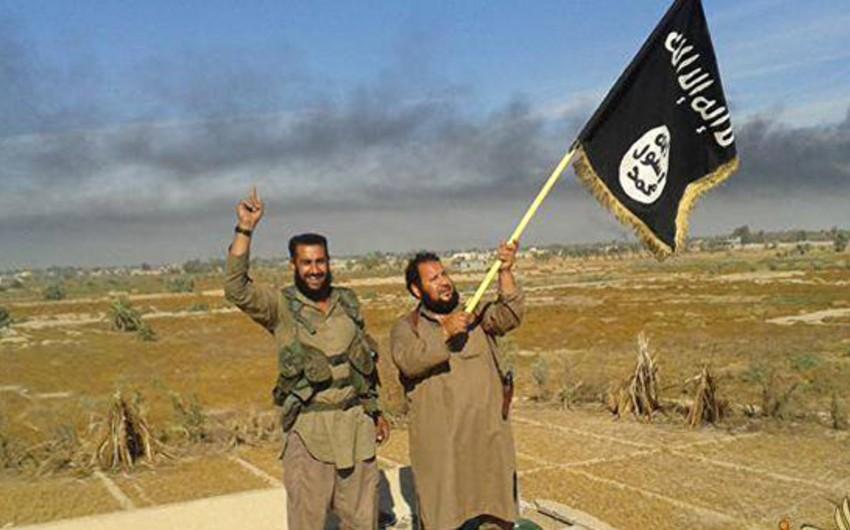 İŞİD terrorçuları Mosulda 19 qızı yandırıb