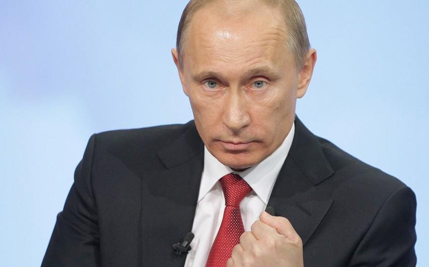 Vladimir Putin Rusiya iqtisadiyyatının ləngiməsinin əsas səbəblərinı açıqlayıb