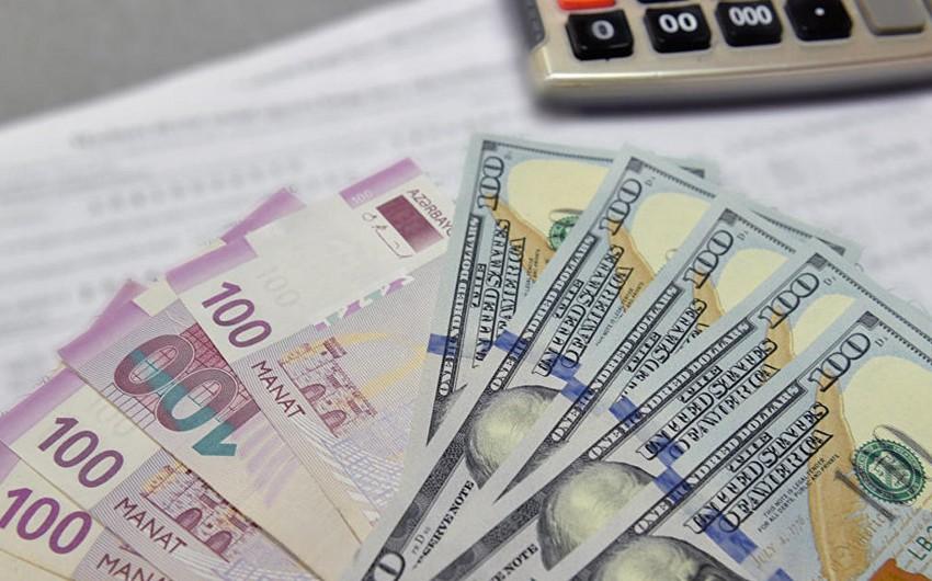 Report: US-dollar will continue to decline in Azerbaijan