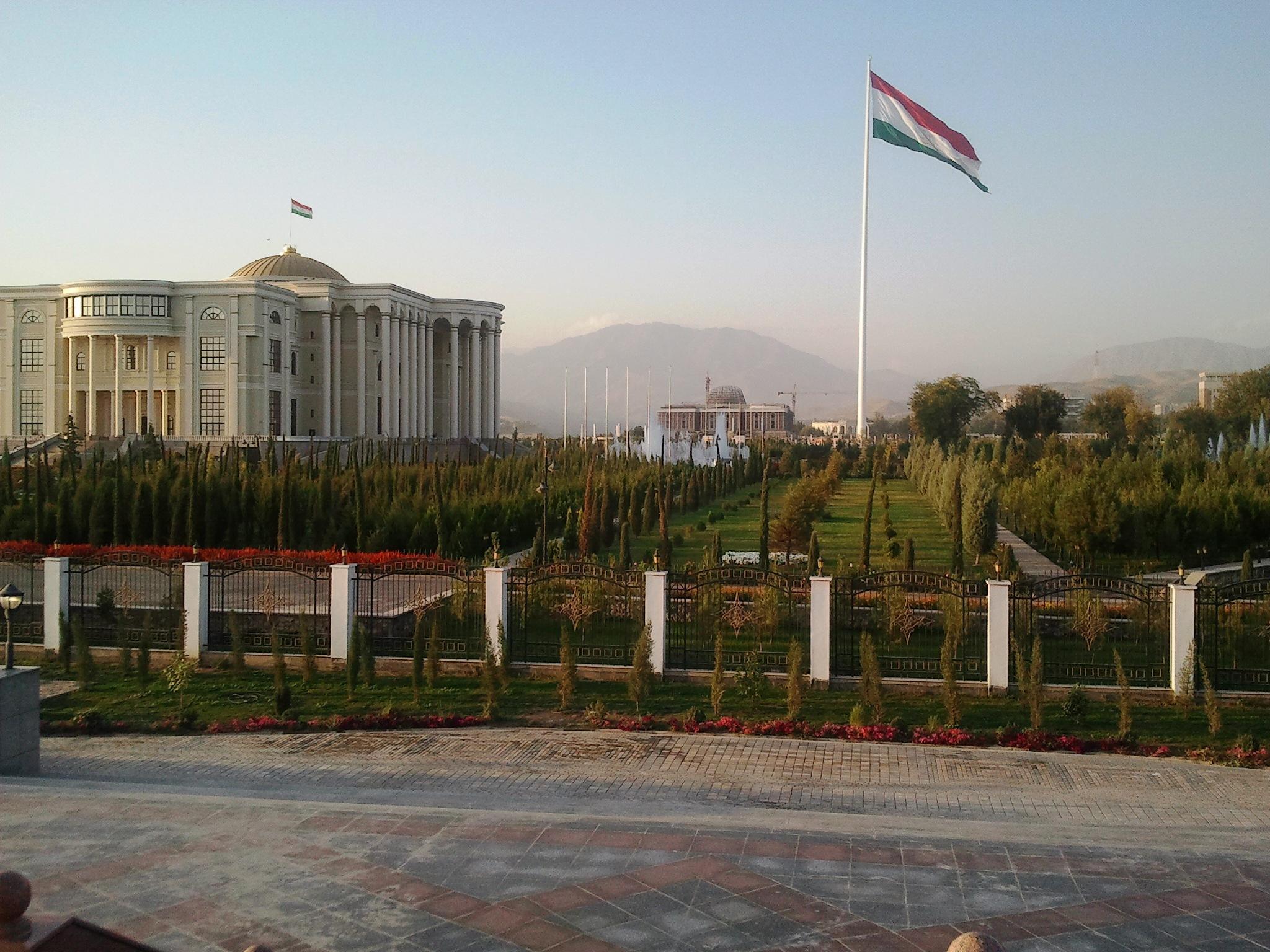 Tacikistan təbii fəlakətin nəticələrinin aradan qaldırılmasında göstərdiyi yardıma görə Azərbaycana təşəkkür edib