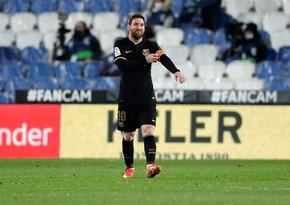Месси установил рекорд по количеству матчей за Барселону