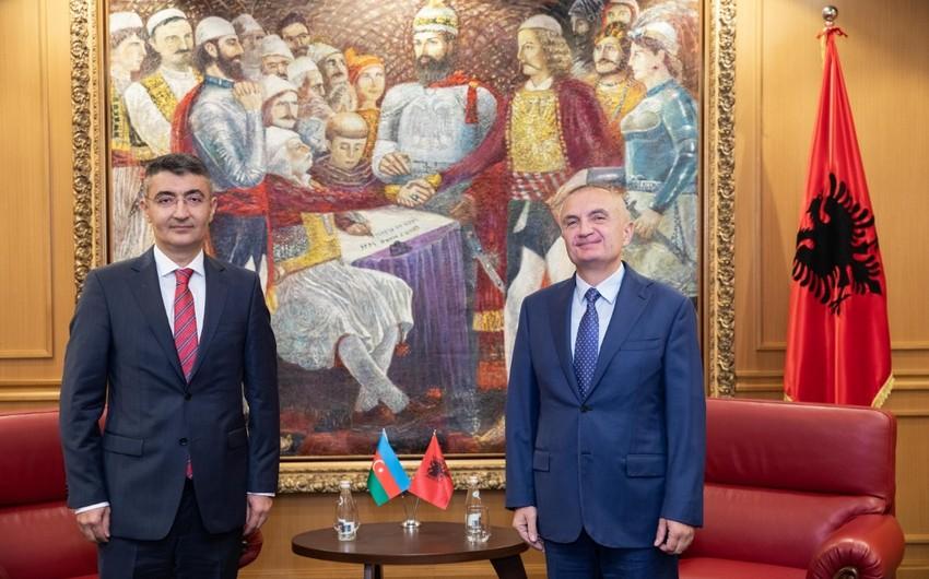 Albaniya Prezidenti  -