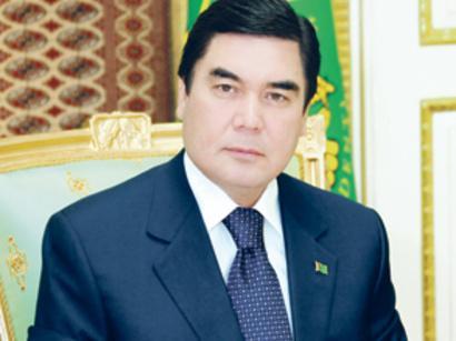 Гурбангулы Бердымухамедов выразил соболезнования президенту Азербайджана в связи с пожаром в Баку