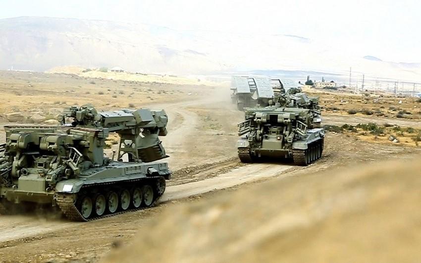 Азербайджанская армия начала оперативные учения с применением новых видов вооружения