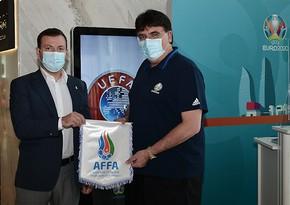 Эльхан Мамедов встретился с генсеком УЕФА