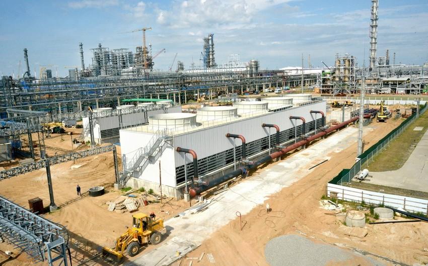 Azərbaycanlı mütəxəssislər Belarusun neft emalı zavodunda H-oil kompleksinin inşasında iştirak edir