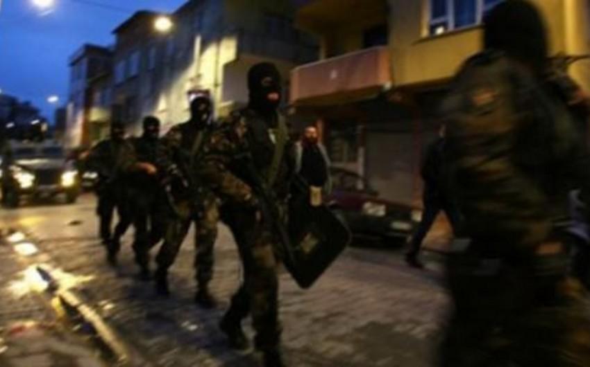 Türkiyədə terrorçu PKK-nı maliyyələşdirməkdə şübhəli bilinən 20 nəfər saxlanılıb