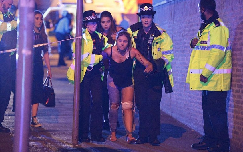 19 dead, 50 injured in suicide attack after concert in Manchester stadium - PHOTO - VIDEO