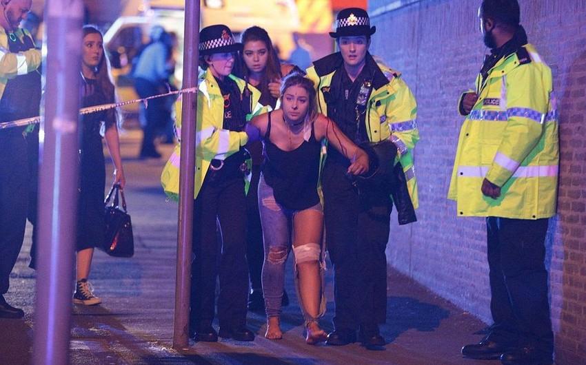 Polis: Mançesterdə konsertdə partlayış zamanı 19 nəfər ölüb, 50 nəfər yaralanıb - VİDEO - YENİLƏNİB