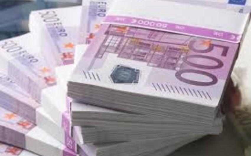 Avropa Komissiyası Ukraynaya 1,8 milyard avro kredit ayırmağa hazırdır