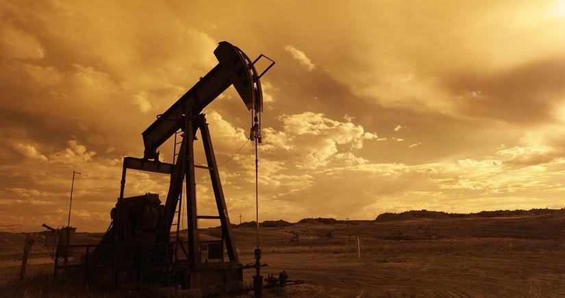 Ирак планирует сократить добычу нефти