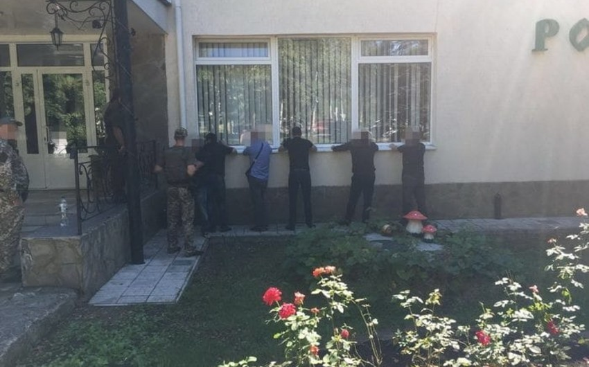 Ukraynada dəfn mərasimində 100-dən çox kriminal avtoritet tutulub