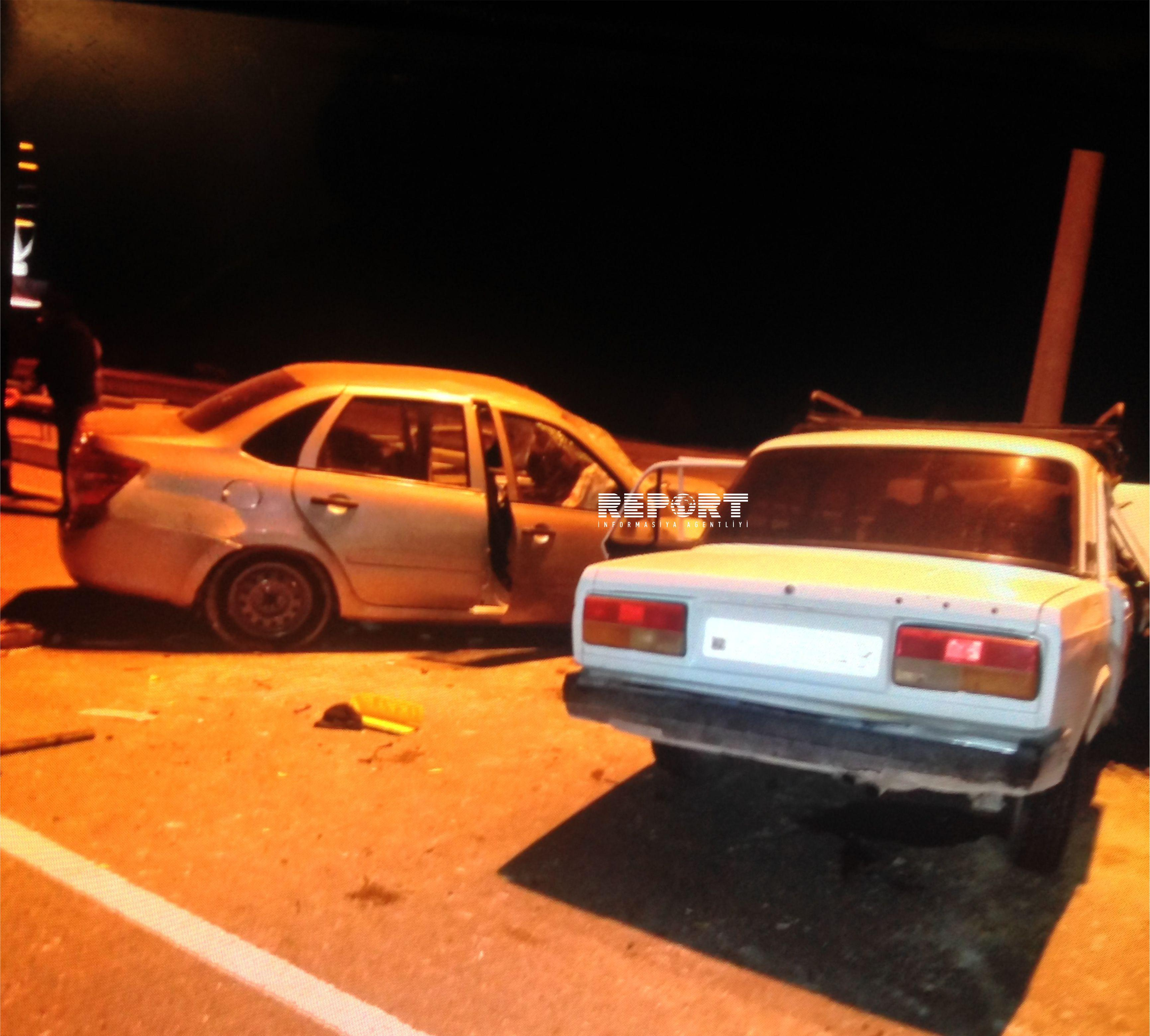 В Баку столкнулись два такси, 6 человек пострадали