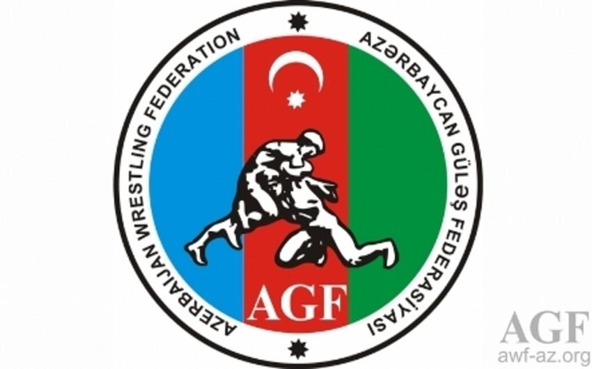 Azərbaycanın veteran güləşçiləri dünya çempionatında 2 medal qazanıb