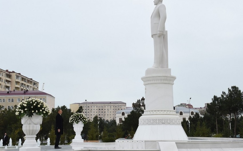 President Ilham Aliyev arrives in Sumgayit for visit