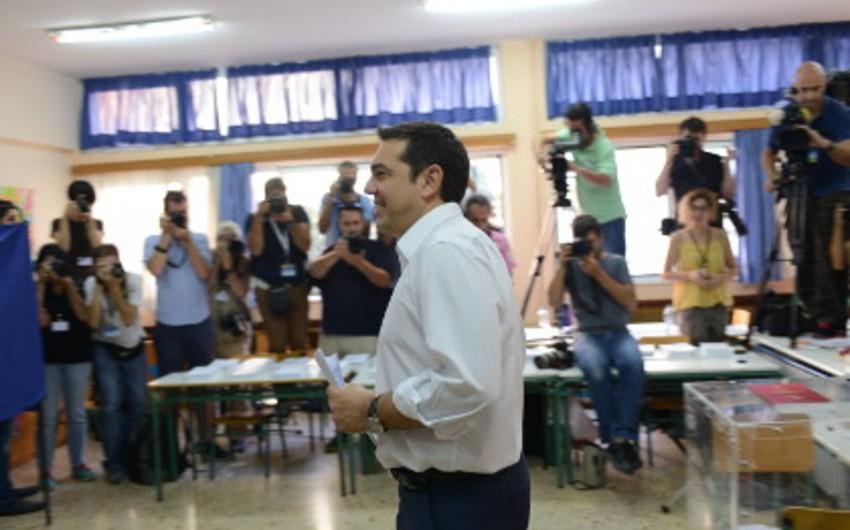 Yunanıstanda parlament seçkilərində yenidən SİRİZA qələbə qazanıb