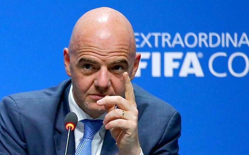 FIFA prezidenti: Təqvimdə həddindən artıqfaydasız oyun var