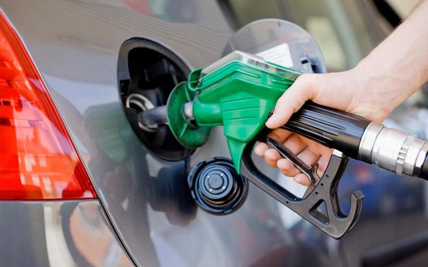 Belarusda benzin üçüncü dəfə bahalaşıb