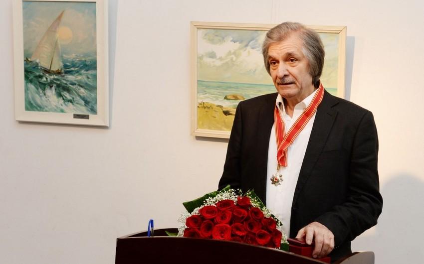 """Xalq rəssamı Fərhad Xəlilova """"Şərəf"""" ordeni təqdim olunub"""