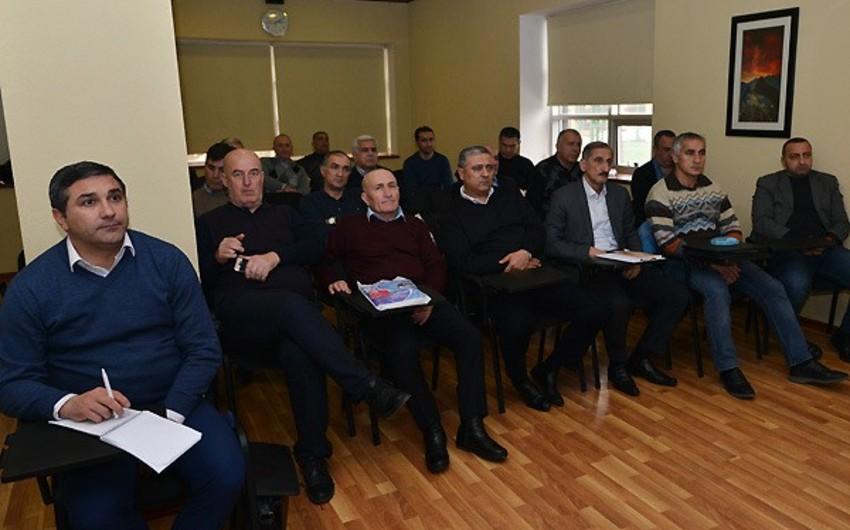 Hakim-inspektorlar və AFFA nümayəndələri üçün danışılmış oyunlarla bağlı seminar keçirilib