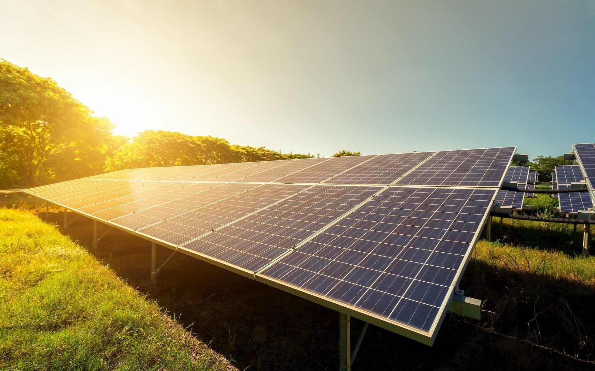 Fransalı ekspert: Alternativ enerji taleyini əlində saxlamaq istəyən ölkə üçün böyük üstünlükdür