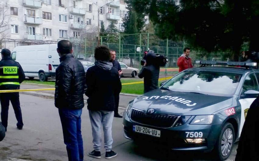 Tbilisidə antitteror əməliyyatı keçirilmiş binaya sakinlər hələ də buraxılmırlar