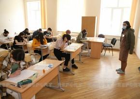 В Азербайджане 12 учащихся не были допущены на экзамен