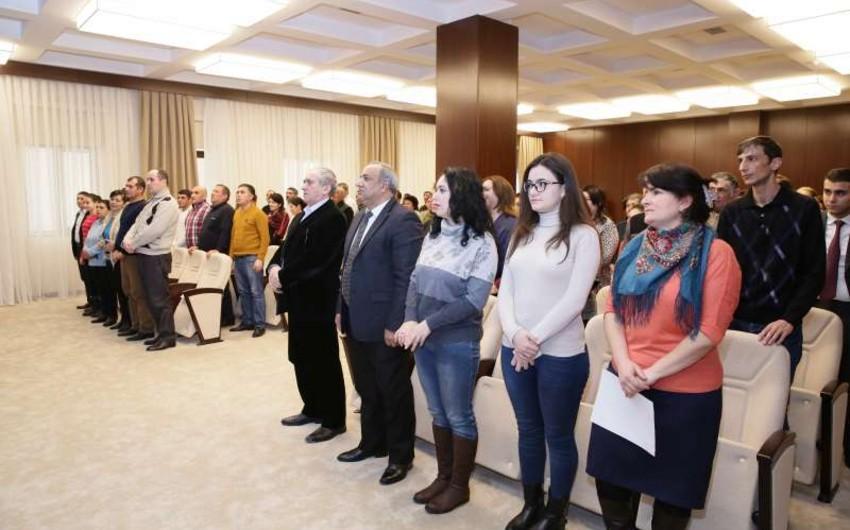 Daha 245 şəxs Azərbaycan vətəndaşlığına qəbul edilib, 2 nəfərin isə vətəndaşlığı bərpa olunub