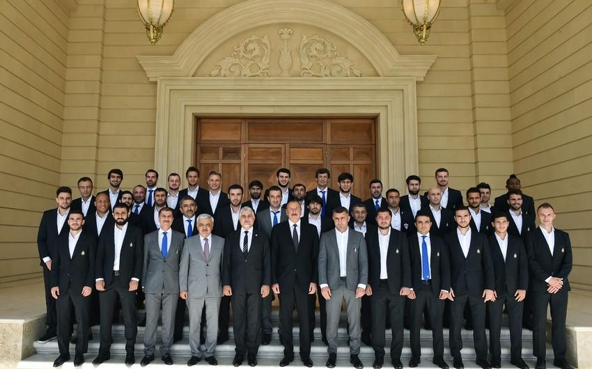 President Ilham Aliyev receives squad of Garabag football club