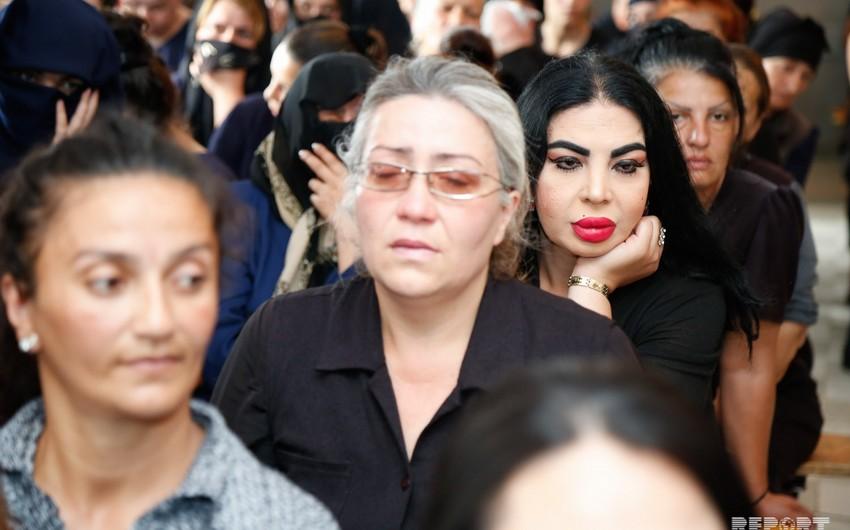 Dörd saylı cəzaçəkmə müəssisəsindən 8 qadın azadlığa buraxılıb - FOTO - VİDEO - YENİLƏNİB-2