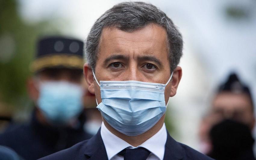 Глава МВД Франции сообщил о задержании у школы под Парижем человека с ножом