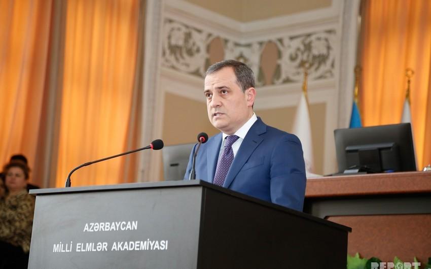 Ceyhun Bayramov: Ali təhsil müəssisələrinin bakalavriat səviyyəsinə dövlət sifarişi yerləri 66 faiz artıb