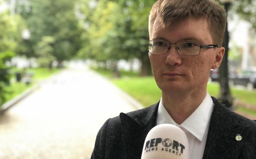 Rusiyalı ekspert: Yerevan hərbçilərinə nəzarət etmir