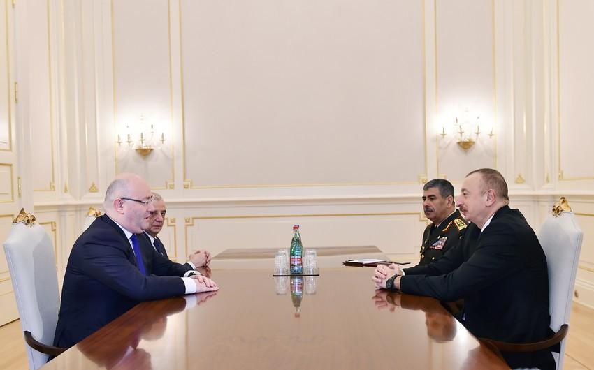 Prezident İlham Əliyev Gürcüstanın müdafiə nazirini qəbul edib - YENİLƏNİB