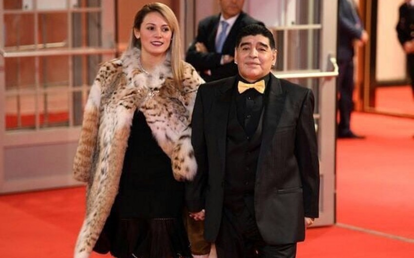 Марадона: я не из тех, кто бьёт жену, но хотел оторвать голову бывшей девушке