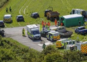 Три человека погибли в результате схода поезда с рельсов в Шотландии