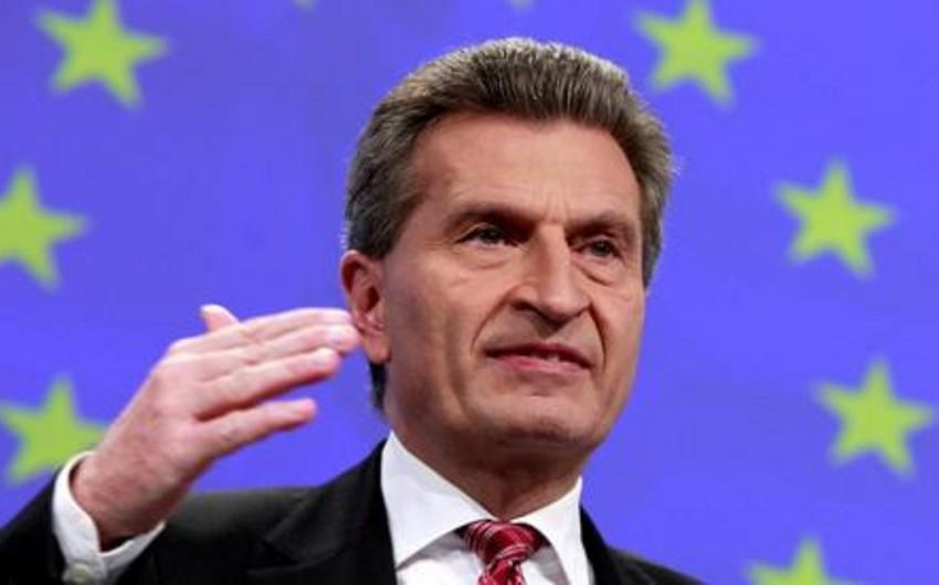 Avropa Komissiyasının vitse-prezidenti Rusiya və Ukraynanın qaz həllini tapmağa ümid edir