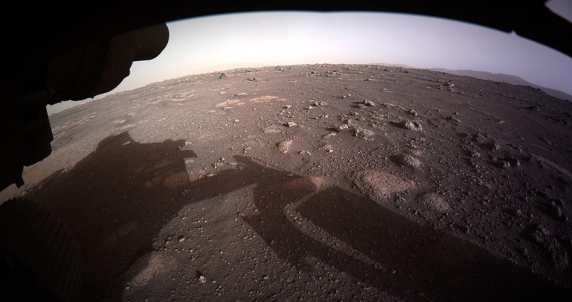 NASA rover transmits first sounds ever recorded on Mars