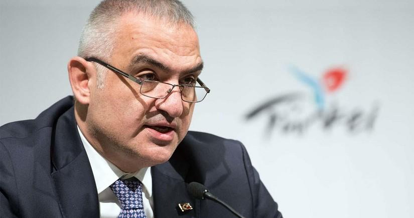 Турция пока не планирует остановку авиасообщения из-за COVID