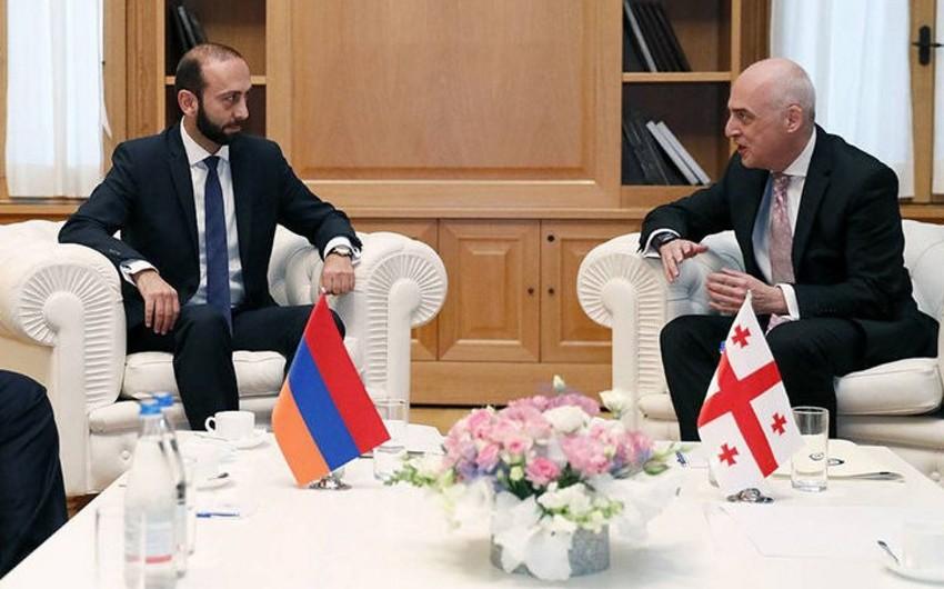 Главы МИД Грузии и Армении обсудили разблокировку коммуникаций в регионе