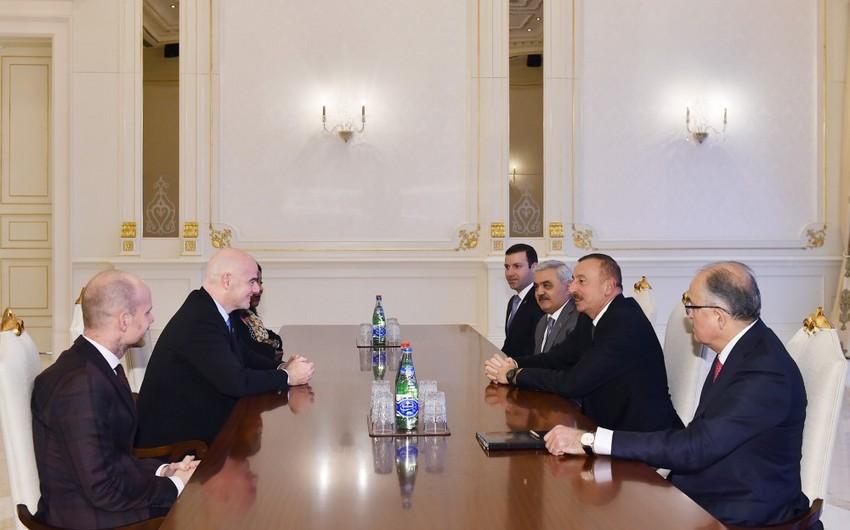 Ильхам Алиев принял президента и генсека ФИФА