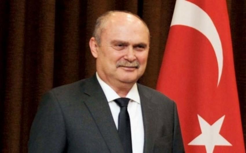 Türkiyənin xarici işlər naziri Azərbaycana gəlib