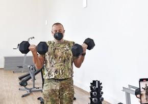 Ильхам Алиев: Показываю, чтобы личный состав занимался так, как я