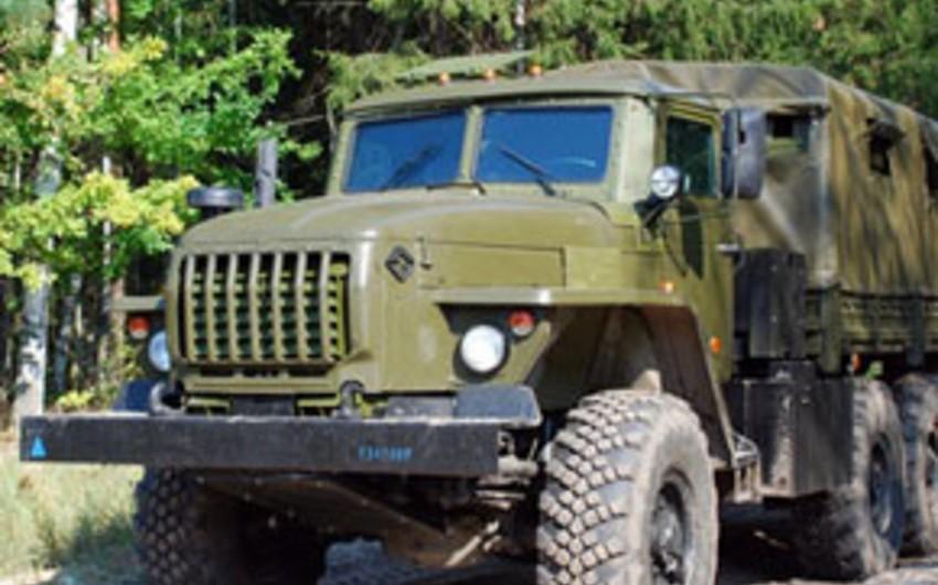 Ermənistanda hərbi avtomobil aşıb, ölən və yaralananlar var