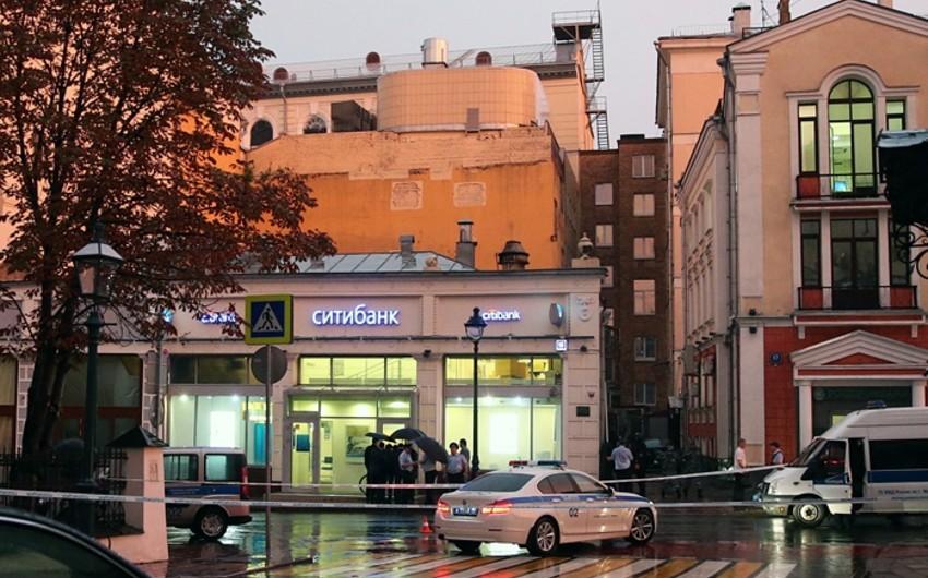 Moskvada bank binasını ələ keçirən erməni sahibkar təslim olub