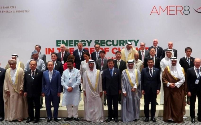 Energetika naziri Asiya Enerji Nazirlərinin 8-ci görüşündə çıxış edib